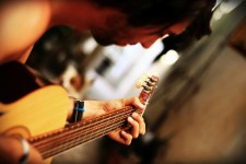 guitar-68967_1920